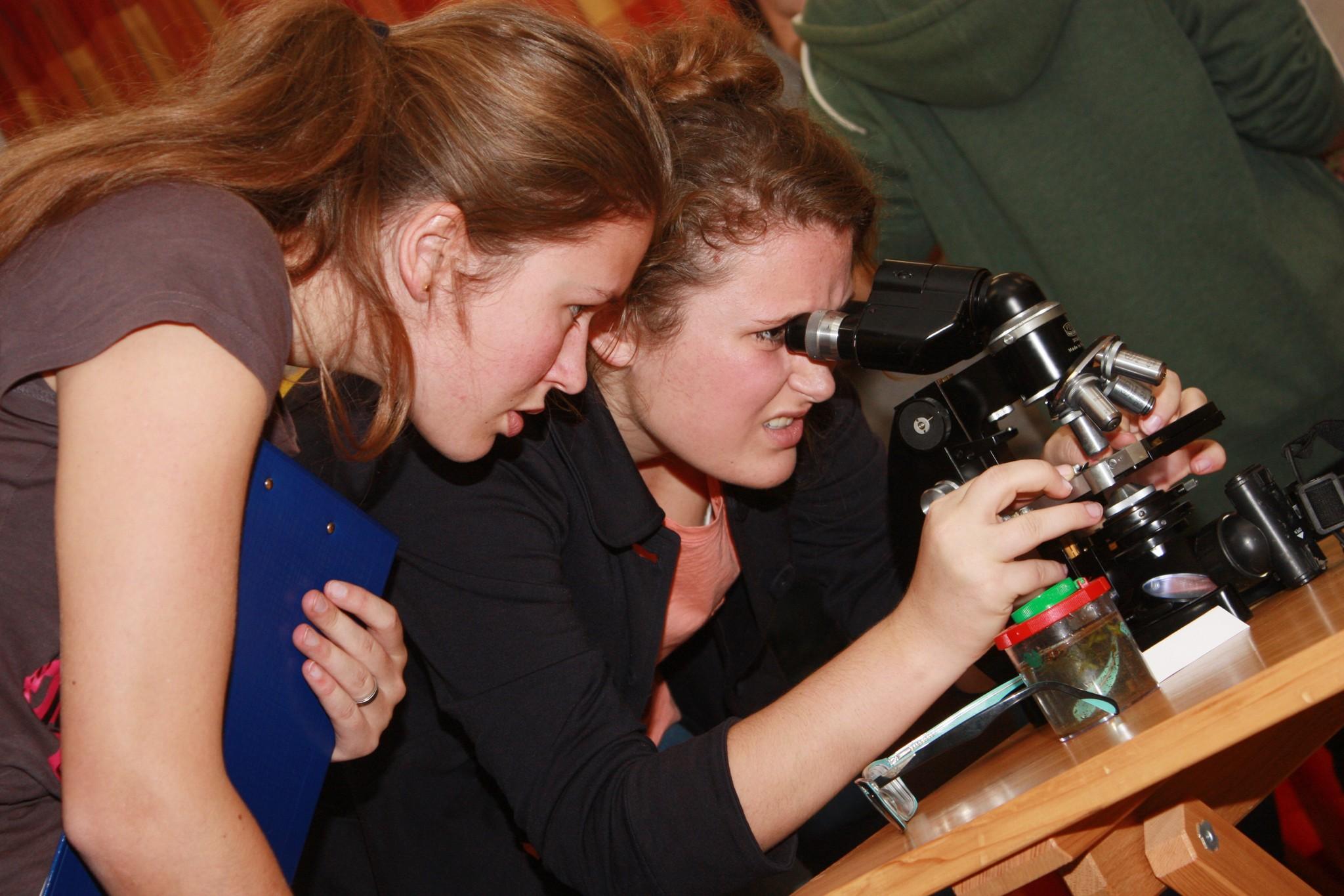 Mikroskopování na soutěži Ekologická olympiáda