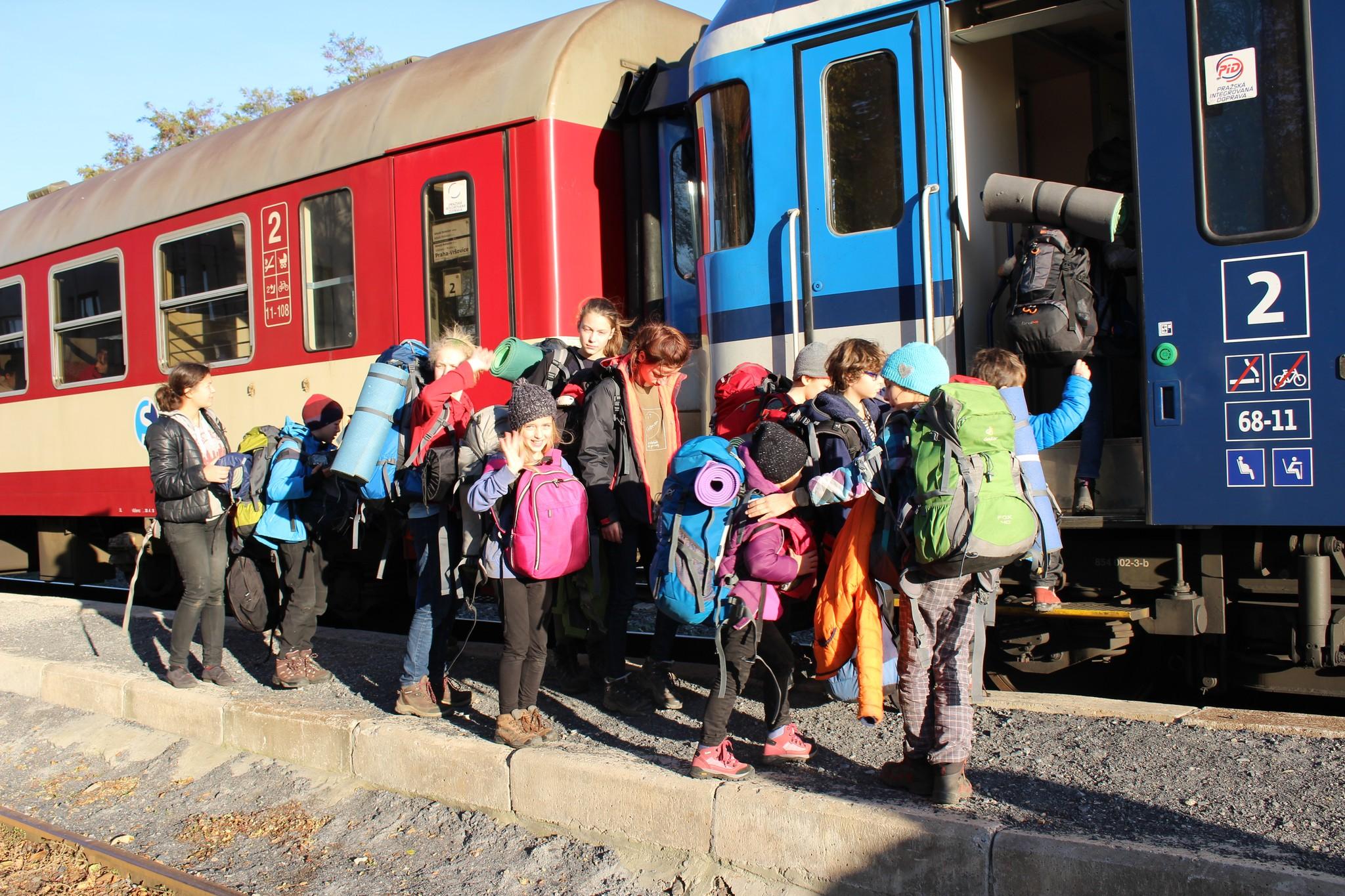 Nastupování do vlaku